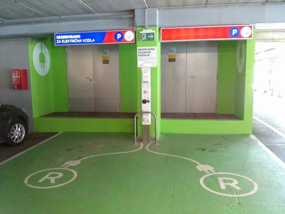 Бесплатно полнење ел. енергија на паркинг во СЛО