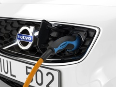 Volvo C30 plugged-in